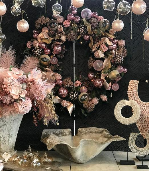 5-HOME-pink-wreath